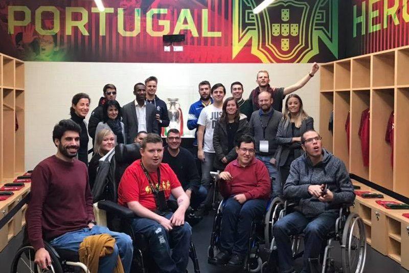 Football for all Gruppenbild mit den Teilnehmer*innen