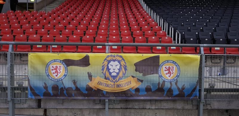 Banner mit Löwenkopf Eintracht Inklusiv e.V.