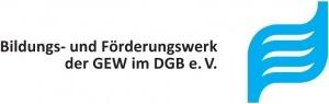Logo - Schriftzug des Bildungs- und Förderwerks der GEW im DGB in schwarz - und rechts daneben ein grafisches Element in Form einer Welle in Hellblau